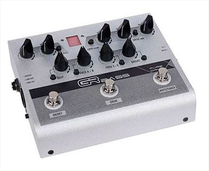 GR BASS- PURE DRIVE PEDAL PREAMP. Doce Compases.Tienda online. Garantía total.
